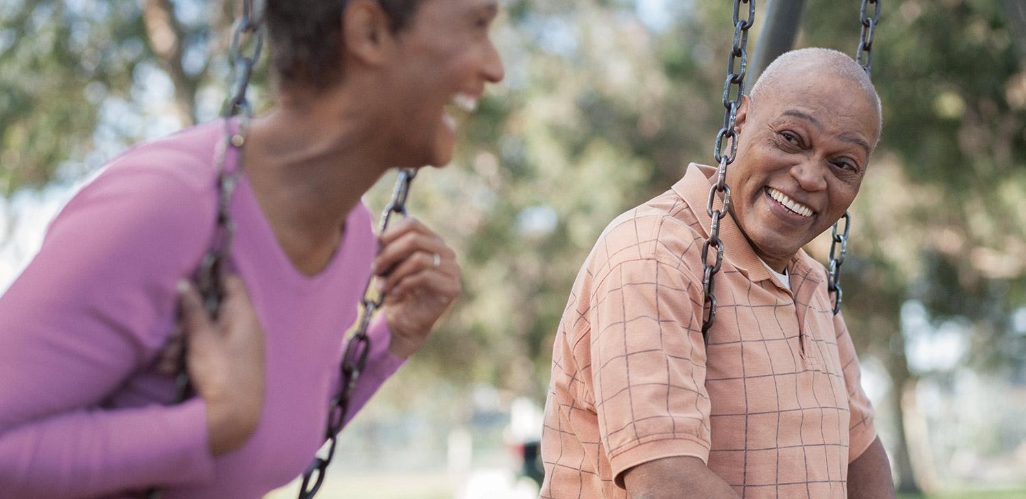 Jubilados disfrutando al aire libre