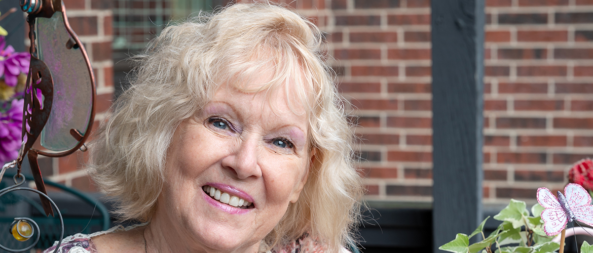 The results of a home screening test helped Darlene Brandt catch early stage colon cancer.